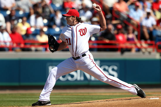 John Lannan of the Nationals delivers a pitch